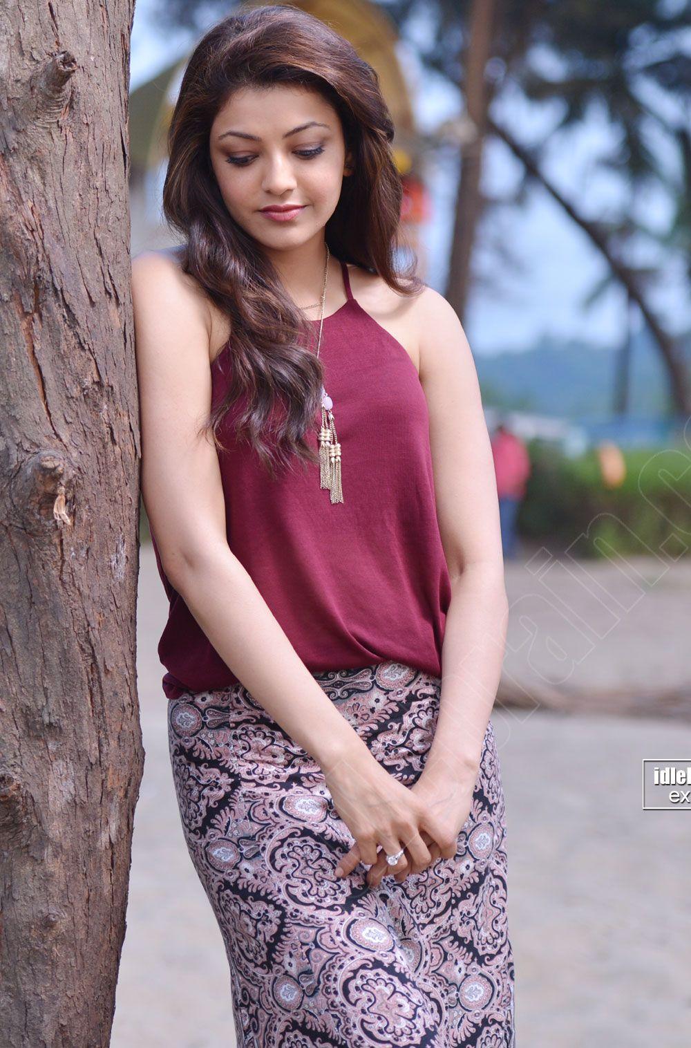 b182afda7615d9 Kajal Agarwal Latest Cute & Sexy Stills In a Beach... - Page 2 ...
