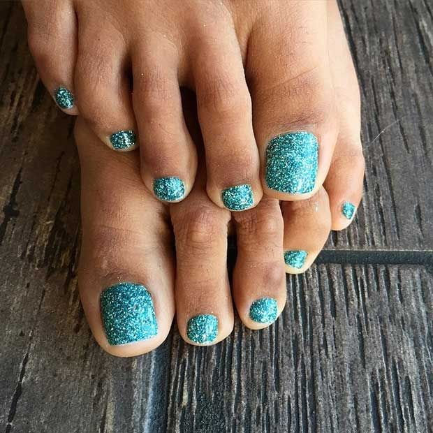 Glitter Nail Ideas For Summer: 25 Eye-Catching Pedicure Ideas For Spring