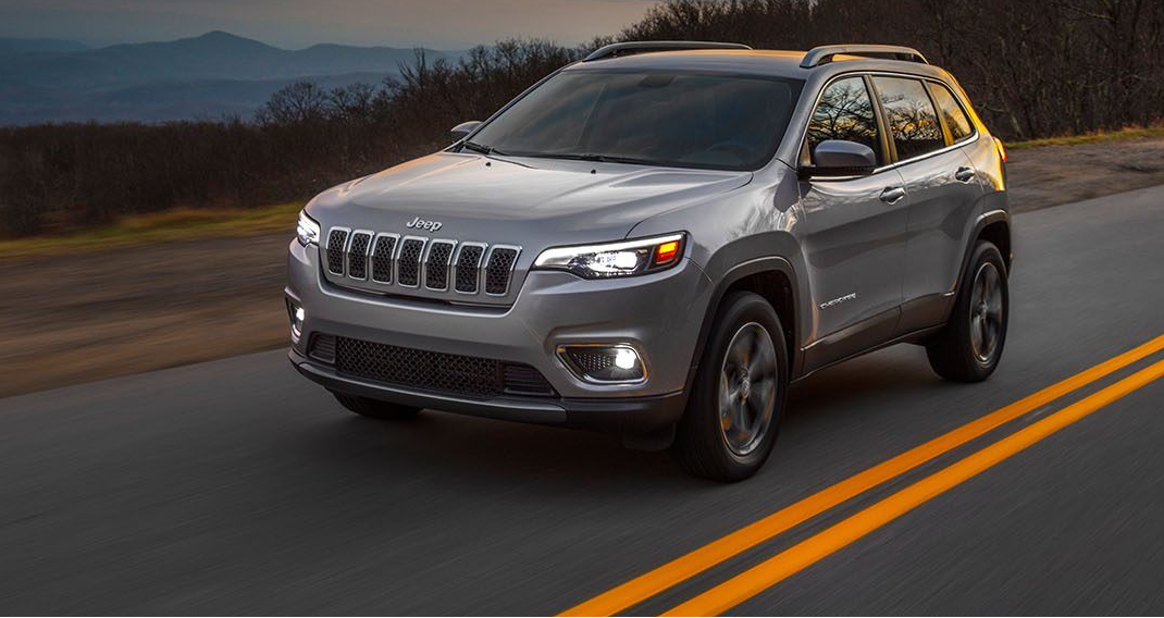 2019 Jeep Cherokee Vs 2018 Chevrolet Equinox Jeep Cherokee