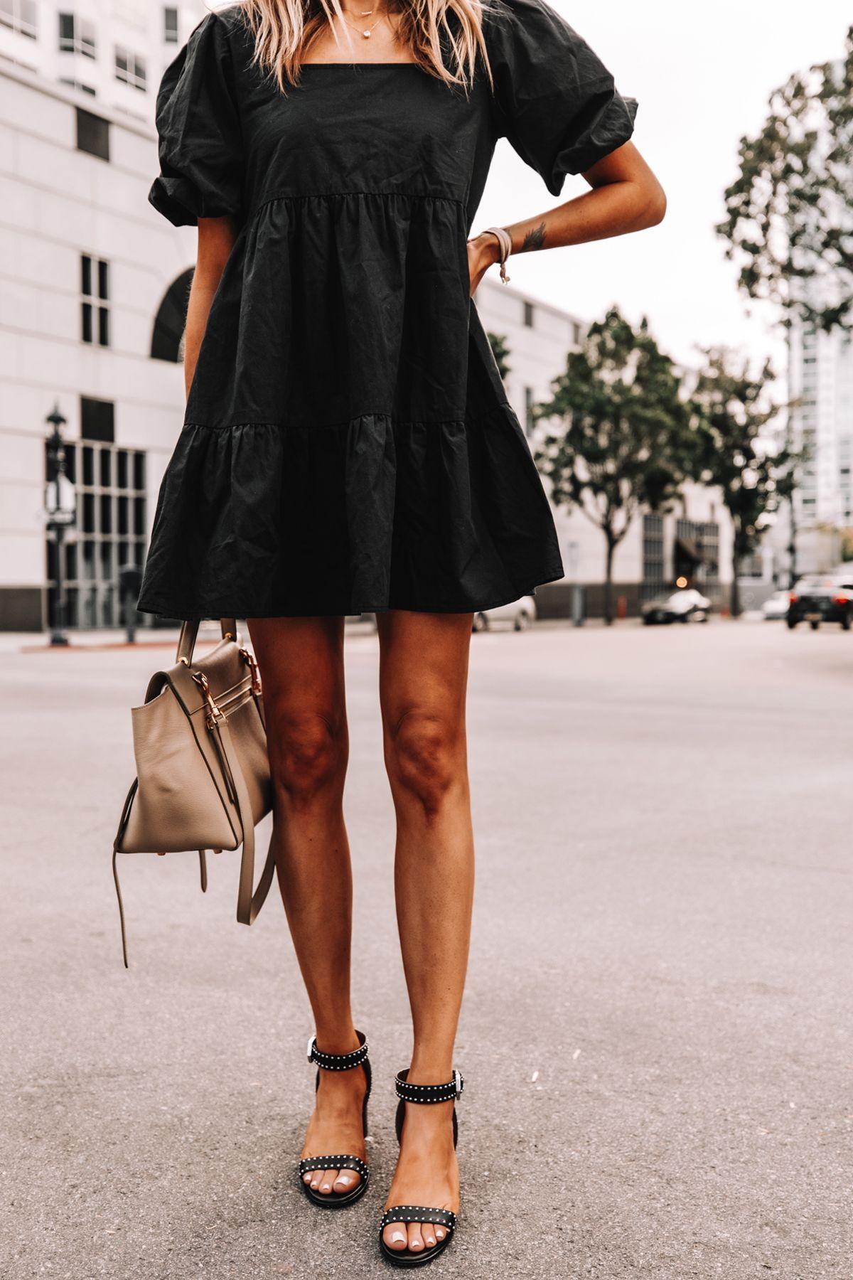 Summer Sandal And Flip Flop Round Up Fashion Jackson Fashion Jackson Fashion Black Summer Outfits [ 1800 x 1200 Pixel ]