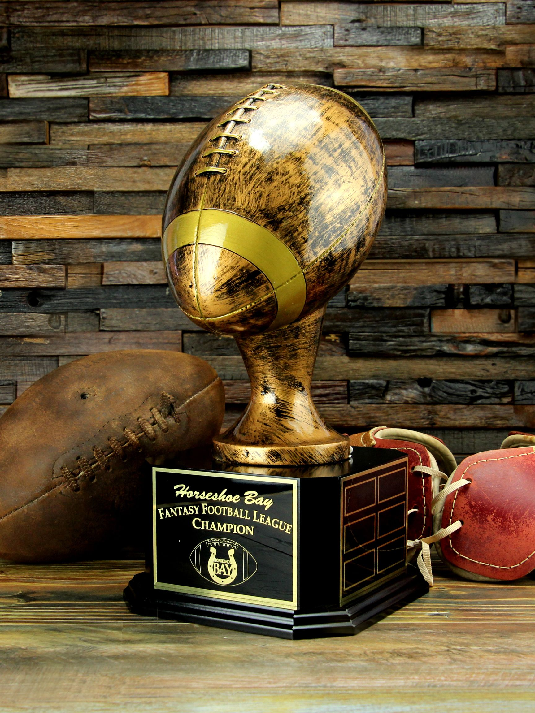 AMERICAN FOOTBALL TROPHY 3 SIZES AVAILABLE ENGRAVED FREE NFL USA TOUCHDOWN SCORE