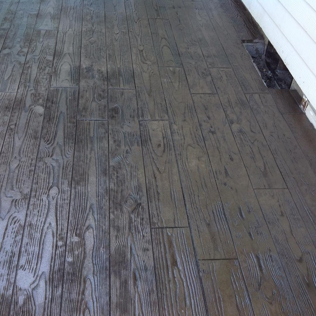 stamped concrete to look like wood Stamped concrete