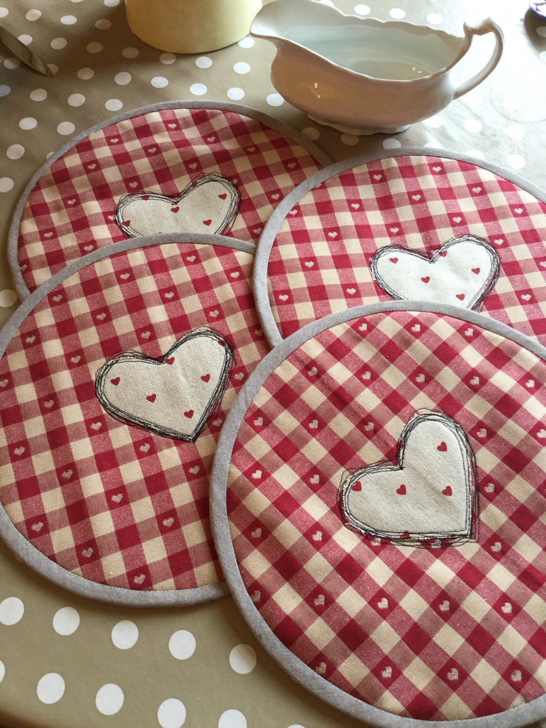 Items similar to Table mats, Shabby chic, Mother's Day Gift, Heart placemats, Kitchenelia, Table place settings, Linens, Kitchen ware, Dining, Accessories, on Etsy