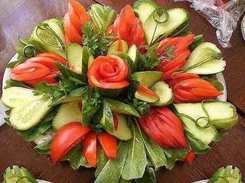 Presentacion de ensaladas recetas saladas pinterest - Decoracion de ensaladas ...