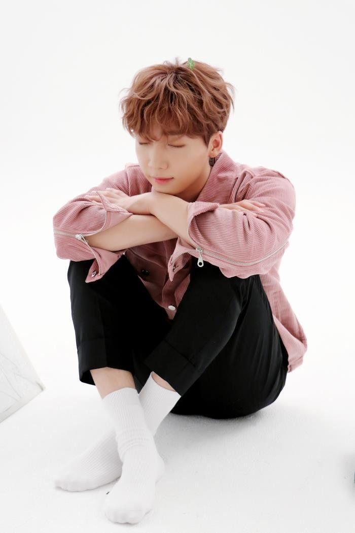 Pin By Pirinda Dutch Mill On Jeong Sewoon Jung Sewoon Korean Idol Ponyo