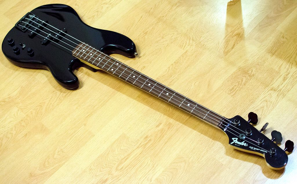 150214 215720 Fender Jazz Fender Jazz Bass Fender Japan