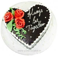 Call us on 9718108300 if you're looking for #birthdaycakedeliveryindelhi from  http://yummycake.in/product-category/birthday-cake/