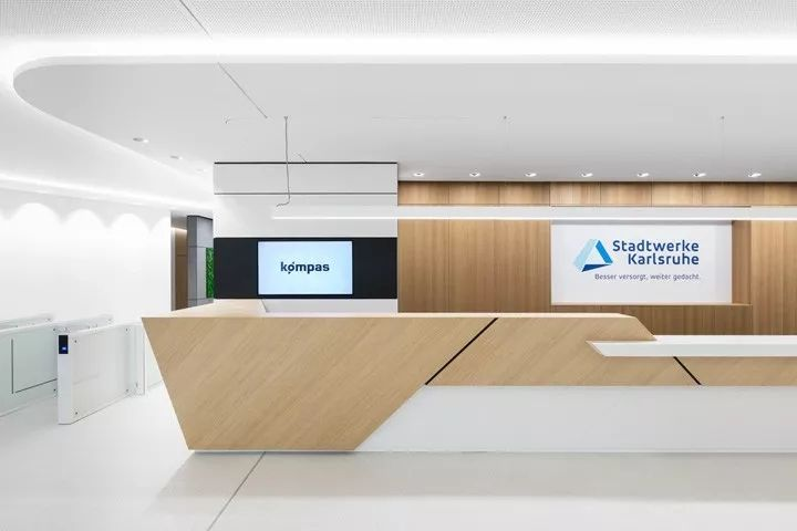 Pin by Undaak on hospital Reception counter design