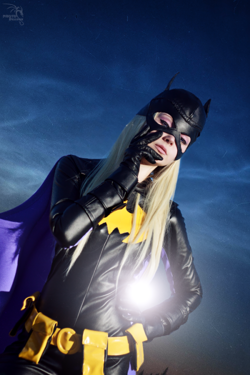 Batgirl (Stephanie Brown) by Yui-LangLook What the Kat Dragged...