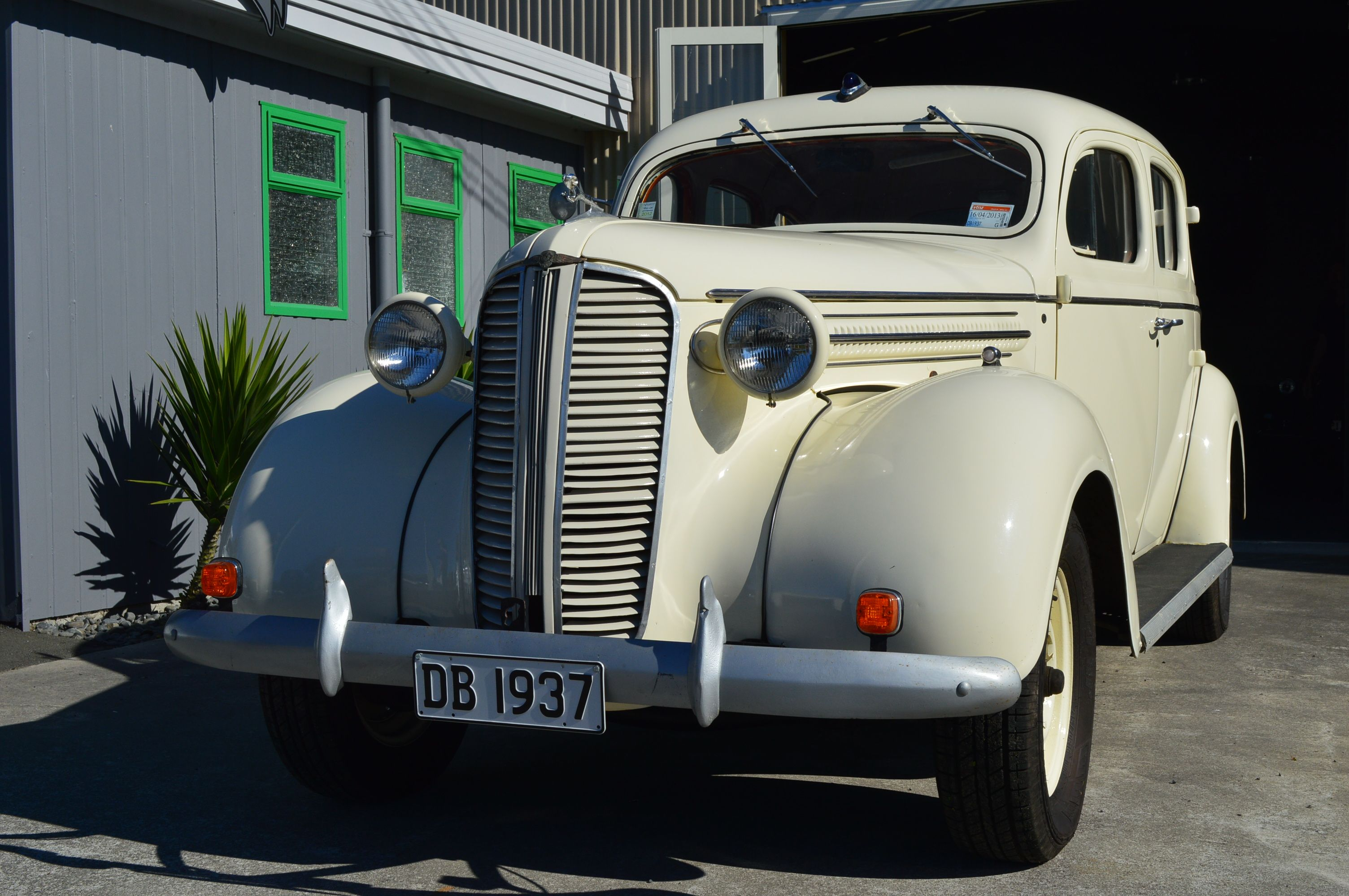 The 1937 Dodge www.hooters-hire.co.nz