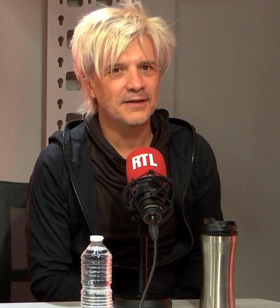 Nicola Sirkis évoque sur RTL une tournée énorme pour les 40 ans d'Indochine | Indochine, Chanson ...
