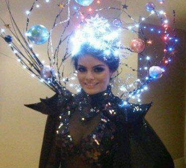 Galaxy Kostum Selber Machen Diy Anleitung Maskerix De Space Costumes Space Halloween Costume Halloween Carnival