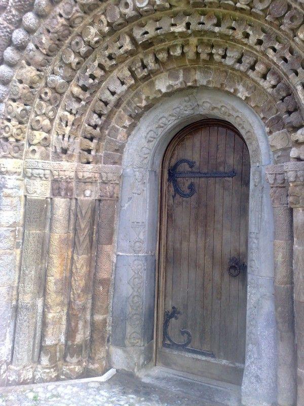 Old Church Door Ireland Old Churches Old Church Cool Doors