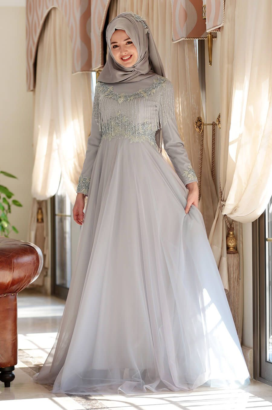 2018 Gamze Ozkul Abiye Elbise Modelleri In 2020 Hijab Chic Long Sleeve Dress Fashion