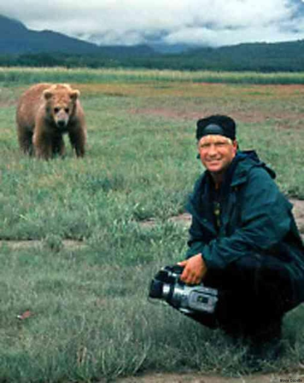 timothy treadwell behavior In defense of timothy treadwell and amie huguenard by captain paul watson on october 12th, the anchorage daily news published a column by mike doogan, self-desc.