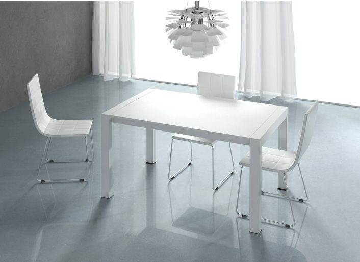 Mesa comedor extensible lacada en blanco medidas 140 for Sillas salon blancas