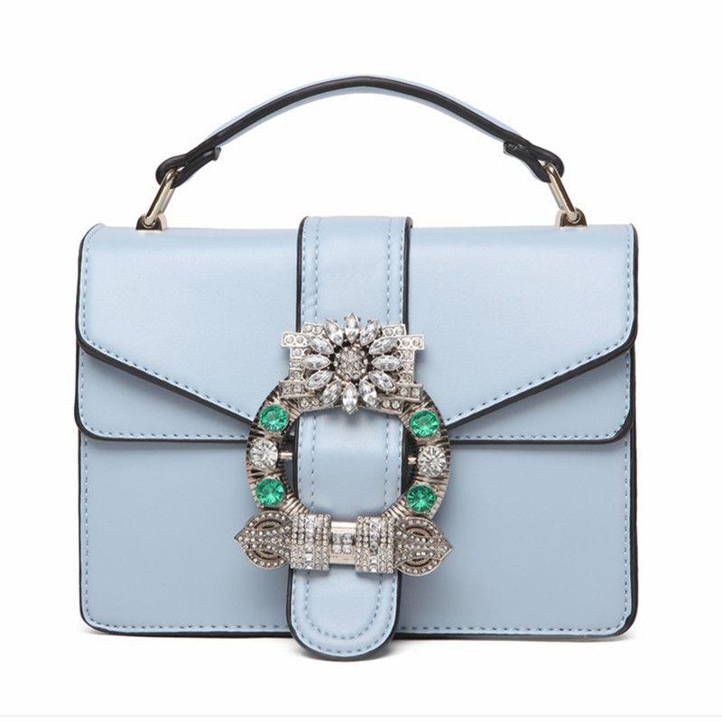 8c7449ac9790 Aliexpress.com  Compre 2017 Novas Mulheres de Verão Bolsas de Senhora Couro  Genuíno Diamantes