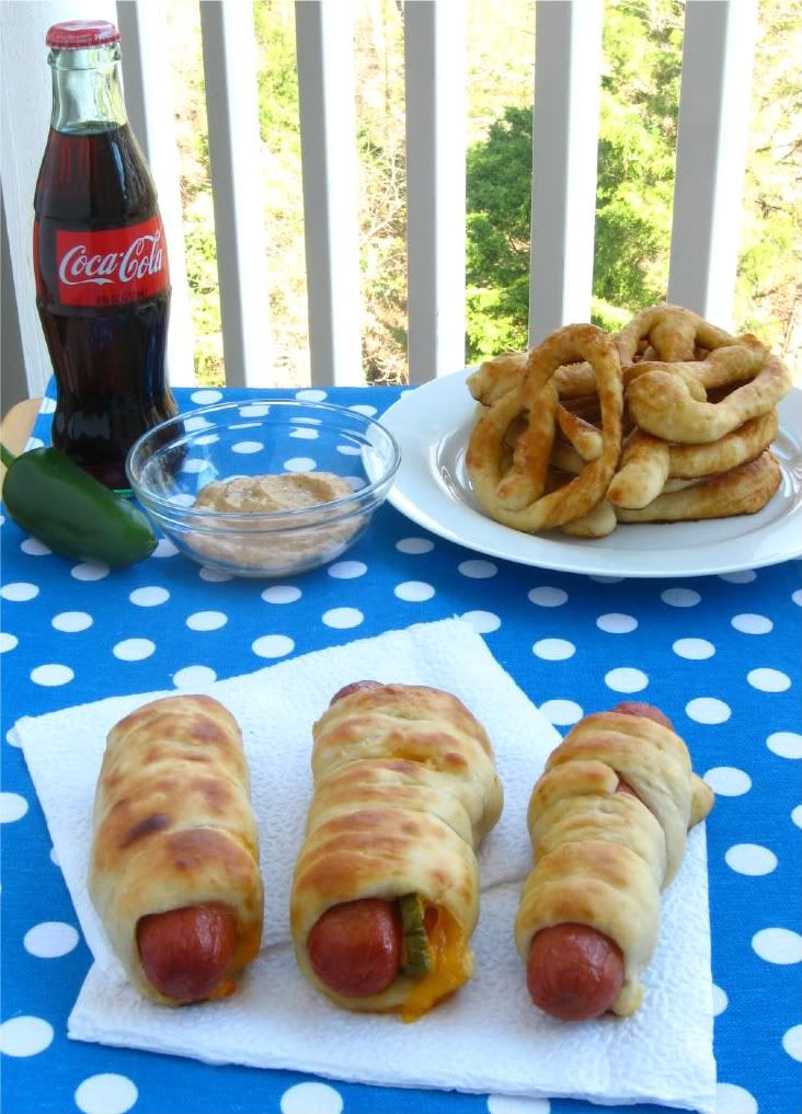 Soft Pretzel Dogs (an homage to Auntie Anne's Pretzels ...