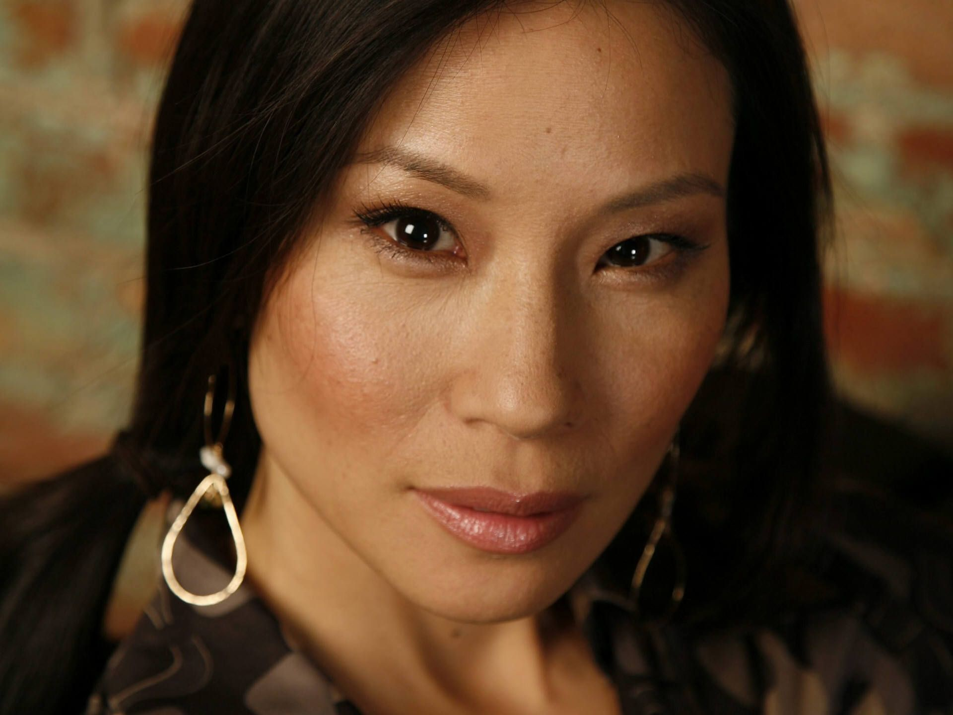 Lucy Liu | ecowallpapers