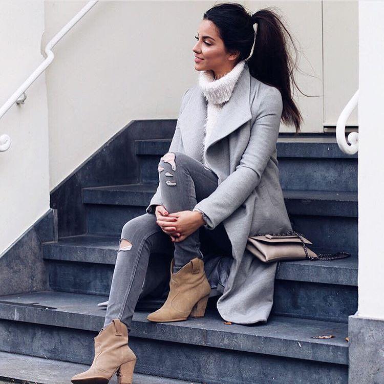 Ponytail  via @finest__styles  @stephsa by fashionista_east