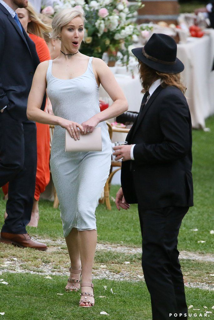 Jennifer Lawrence Looks Completely Giddy At Her Best Friend S
