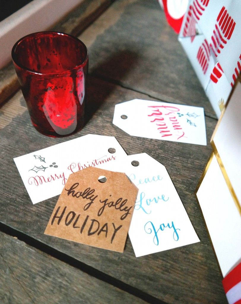 Printable Holiday Tags   lovely-letters.com