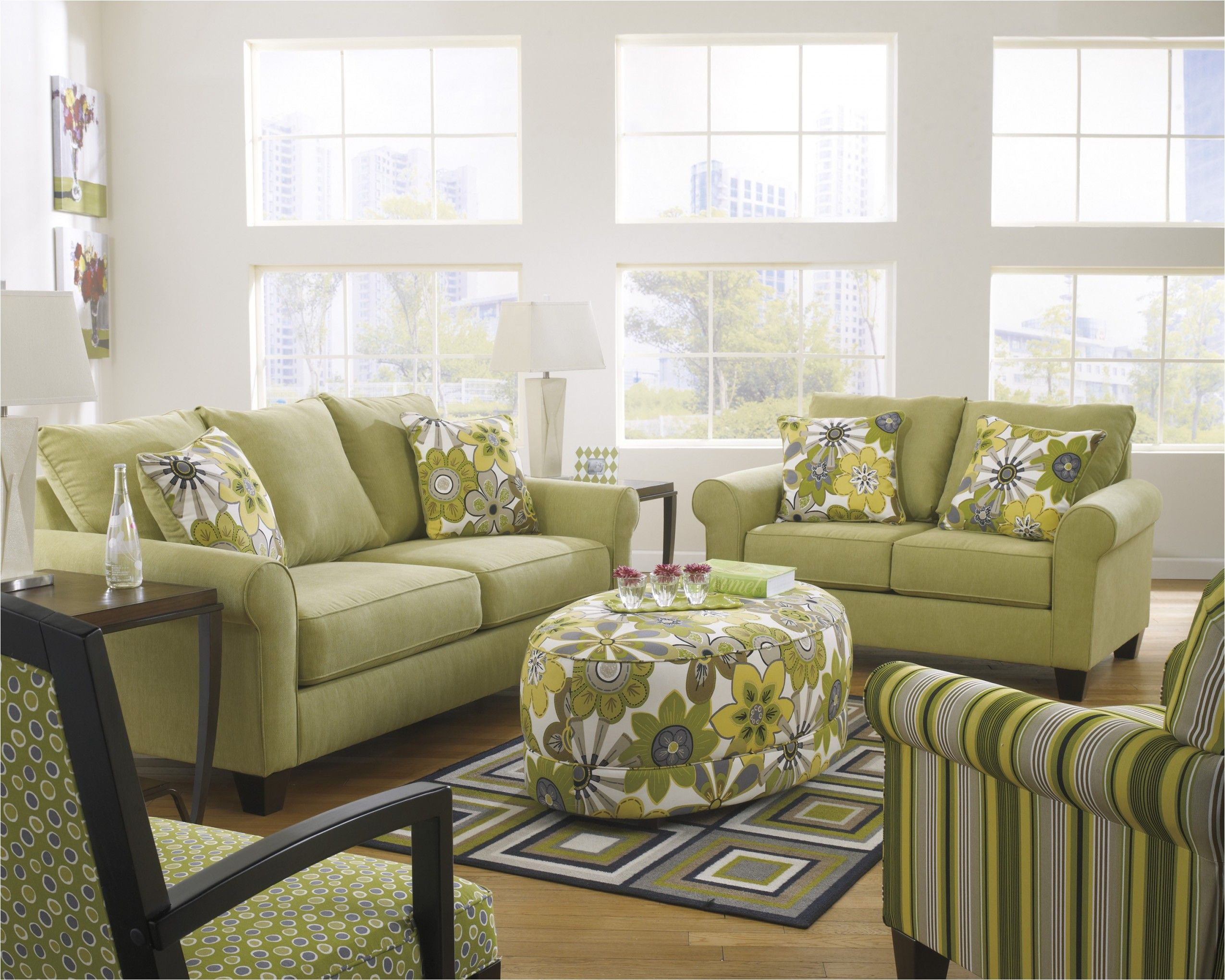 Lovely Lime Green Living Room Chairs