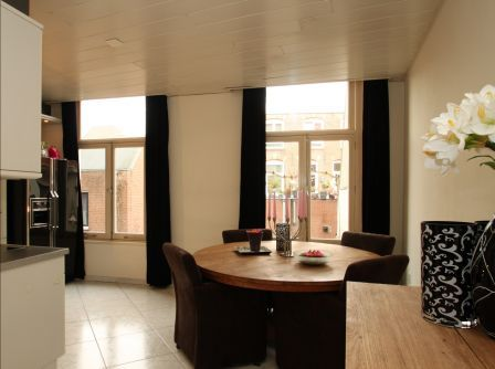 zwarte gordijnen woonkamer | Woonkamer | Pinterest