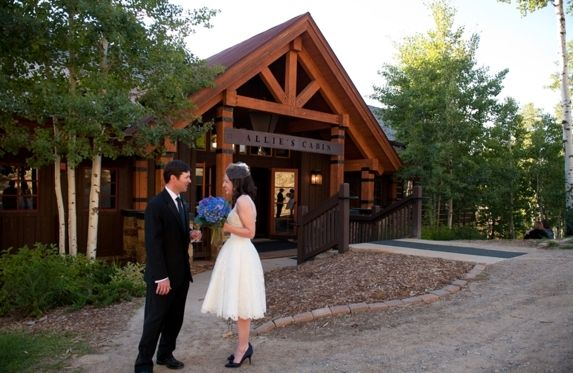Wedding In Beaver Creek Colorado At Allie S Cabin Photo Courtesy