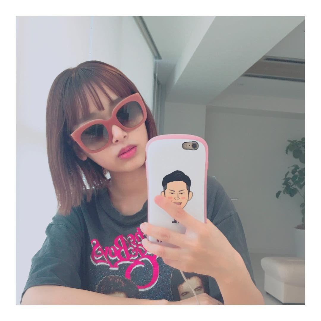 可愛いサングラスの近藤千尋