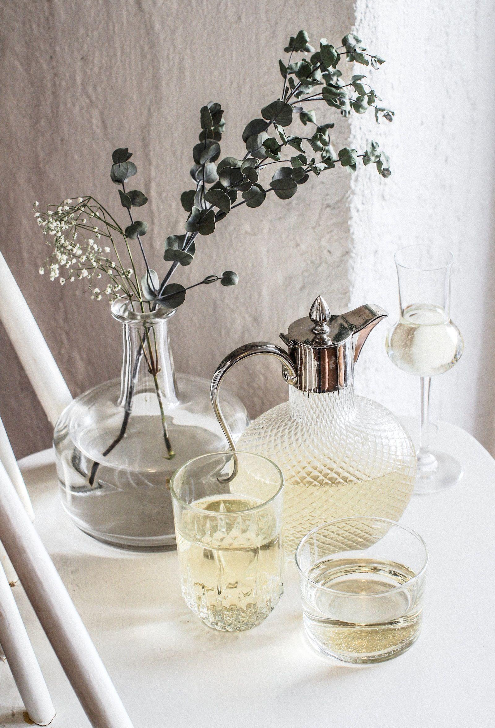 White wine cocktail