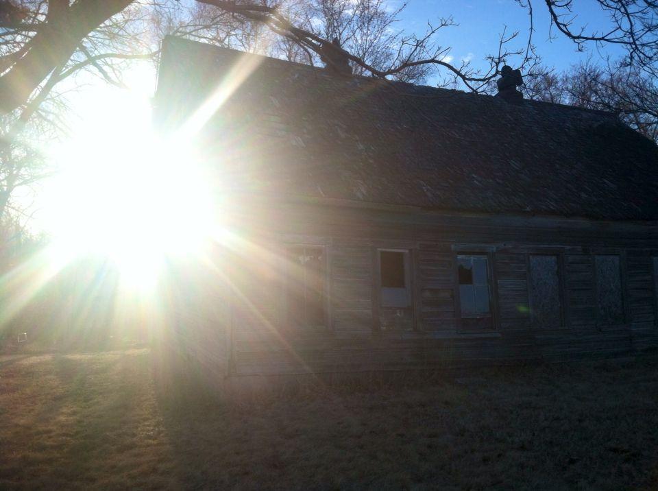 Abandoned house in Nebraska, by Trish Eklund