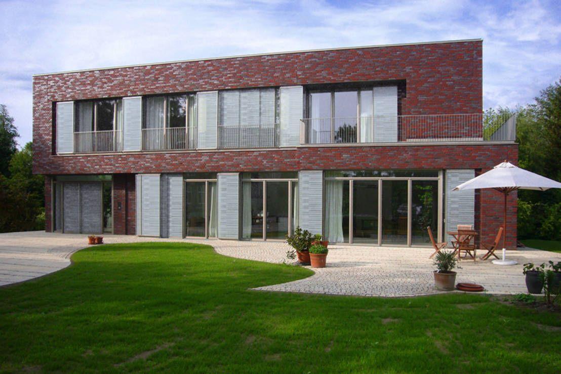 Dieses Wohnhaus in Soltau ist ein wahres Wunder der Flexibilität - sowohl in Sachen Raumaufteilung als auch hinsichtlich der Fensterfronten.