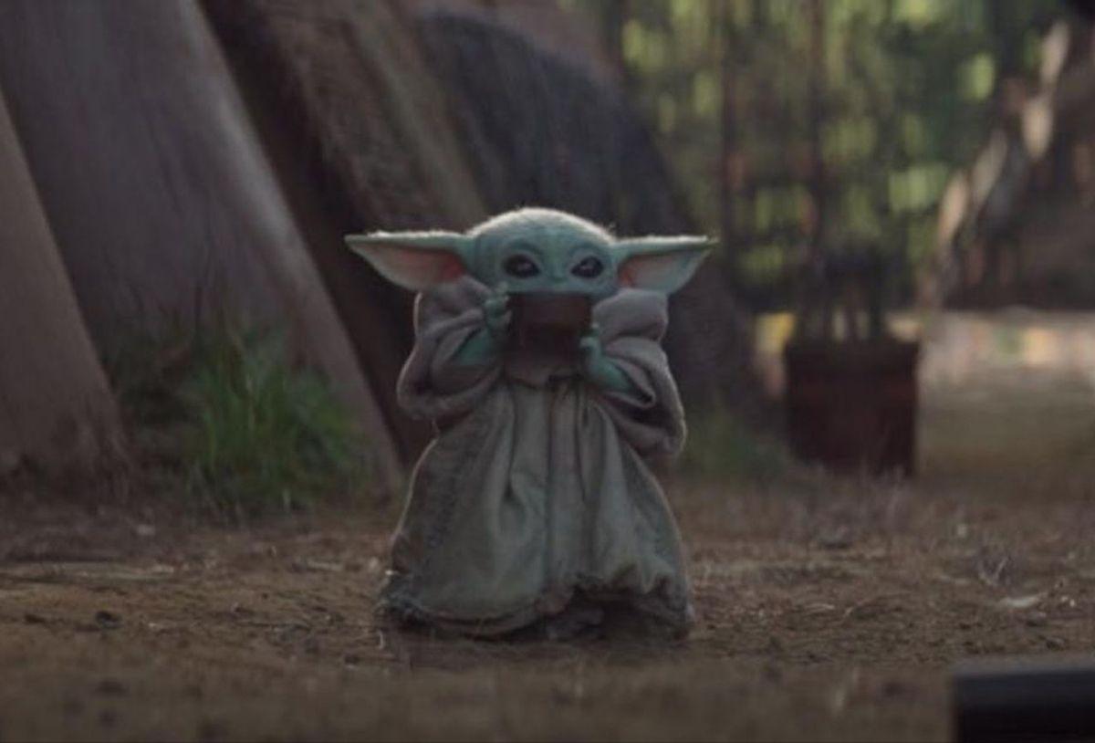 Bowl Of Soup Yoda Meme Yoda Wallpaper Star Wars