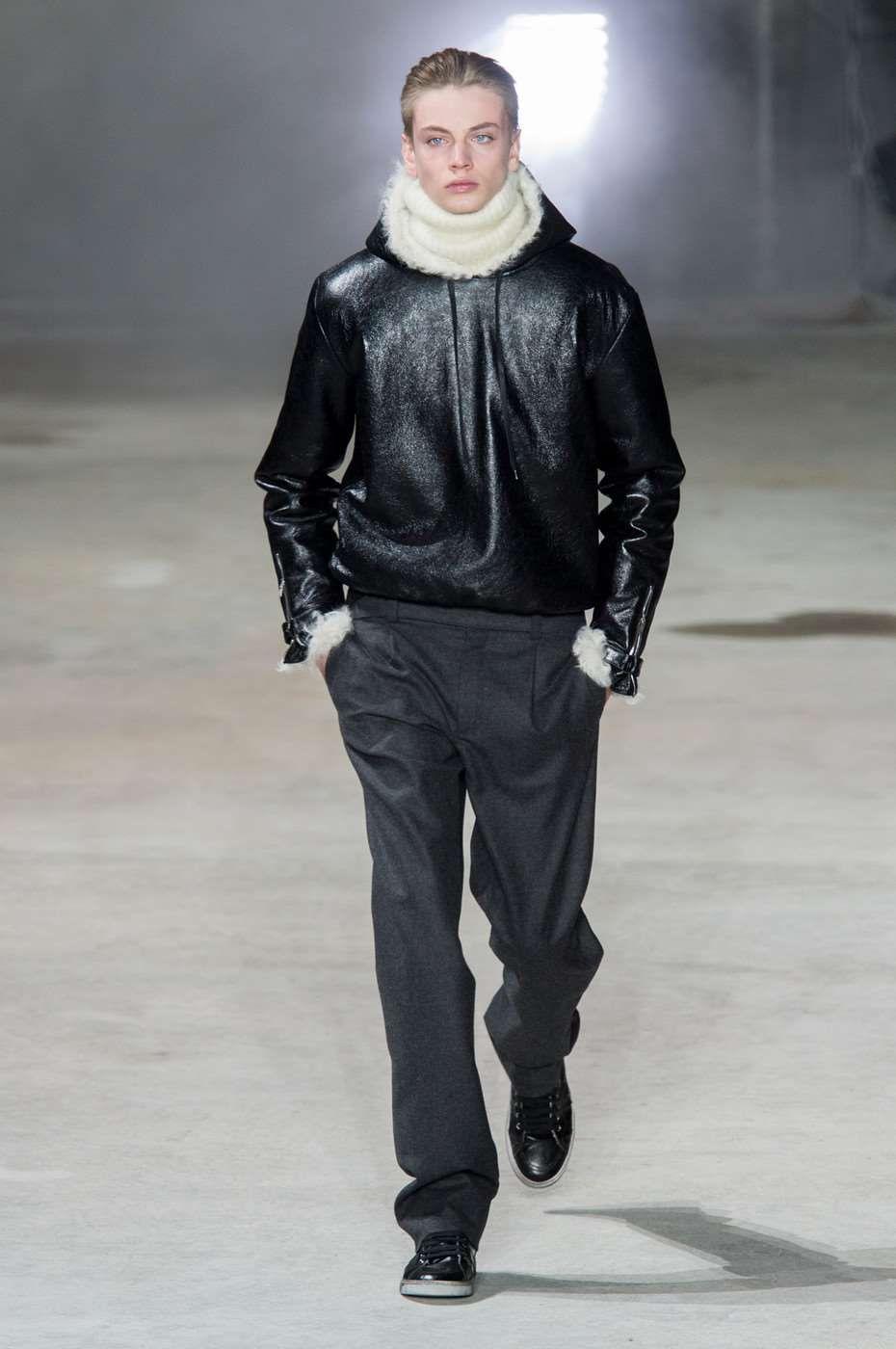 Saint Laurent Fall-Winter 2017 - Paris Fashion Week