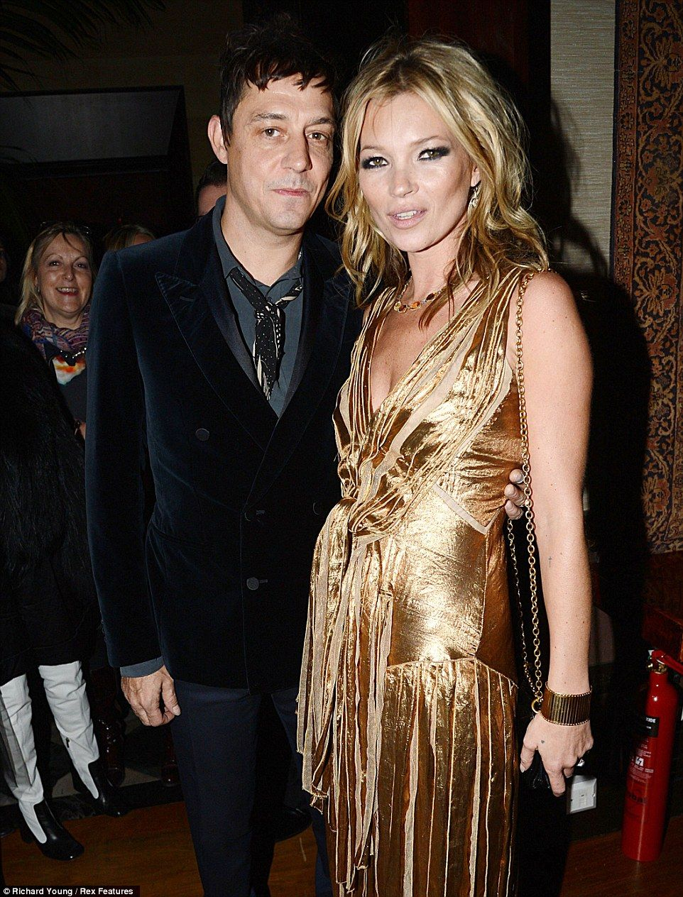 Jamie Hince in tender clinch with Victorias Secret Angel Jessica
