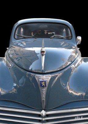 Peugeot 203 in front (Originalfarbe)