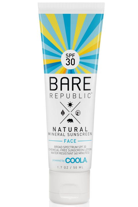 15 Face Sunscreens That Play Nice With Makeup Sunscreen Lotion Face Sunscreen Sunscreen
