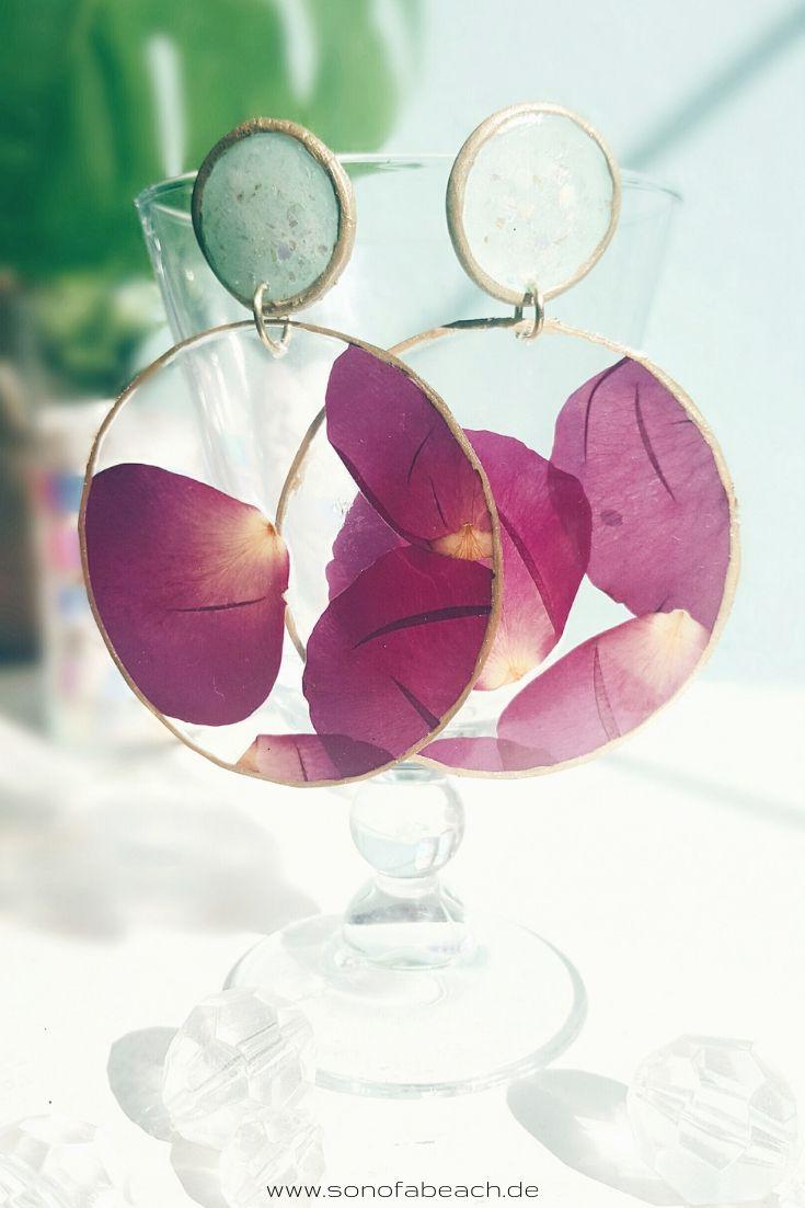 Ohrringe aus Fimo und getrockneten Rosenblättern selber machen
