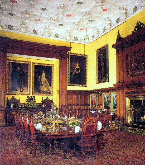 Castle Dining Room: Great Balmoral Castle Interior Ideas