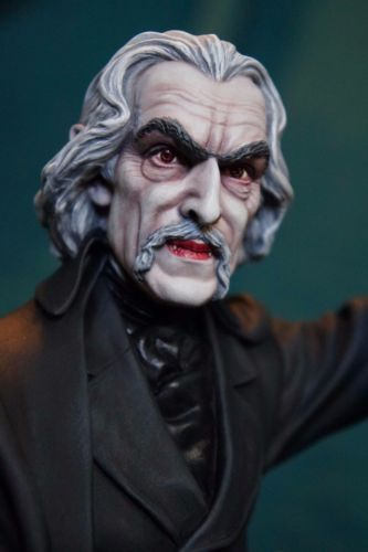 Pre-Order-Stoker-Count-Dracula-1-6th-Vampire-Resin-Model-Kit-by-Randy-Lambert