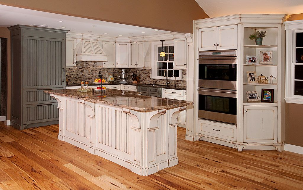 Distressed White Kitchen Cabinets Distressed Kitchen Cabinets Distressed Kitchen White Kitchen Rustic