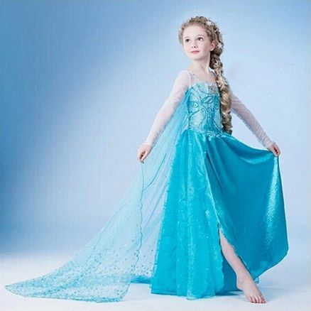 Pictures of elsa from frozens dress