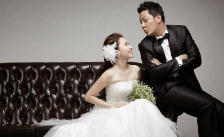 Contoh foto pre wedding simple decor