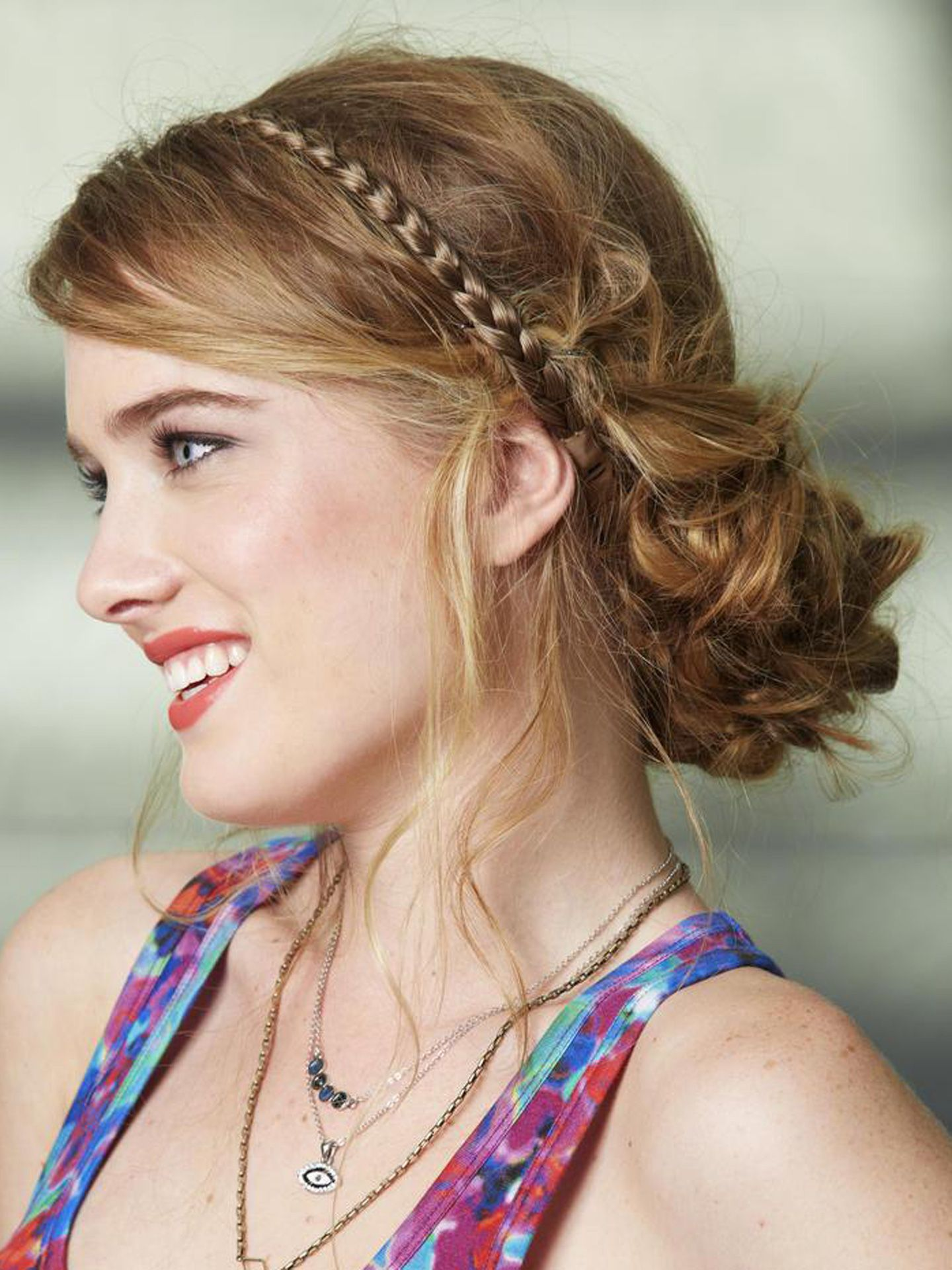 chic chignon hairstyles to rock colours hair and twists