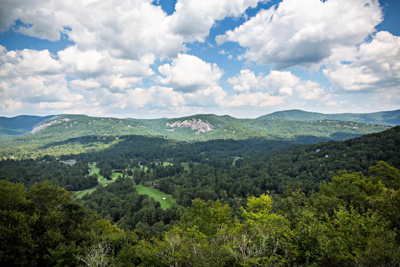 A Outdoor, Mountain Wedding in North Carolina   Scenic ...