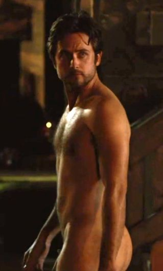 shirtless Justin chatwin
