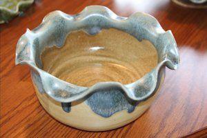 Custom Pottery muddpuddlespottery.com