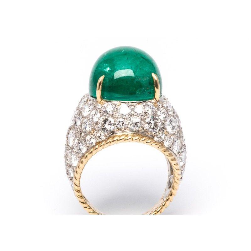 vintage Van Cleef & Arpels emerald and diamond ring | Trumpet & Horn