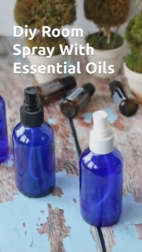 Diy room spray made with essential oils is a great homemade air freshener. Non toxic, all natural and safe for the family #diy #essentialoils #homemade #diyroomspray #airfreshener #nontoxic #allnatural